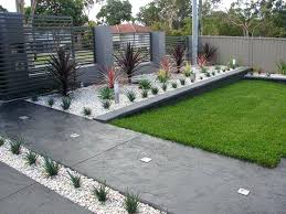 Small Front Garden Ideas Pictures Landscaping Ideas For Small Front Yards Front Garden Ideas Ideas