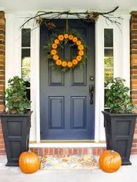 what are the best paint colours for a front door black shutters