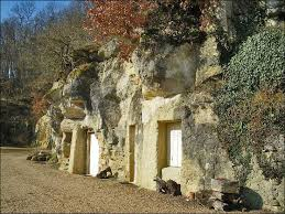 chambre d h e troglodyte touraine 65 best troglodyte images on caves architecture and