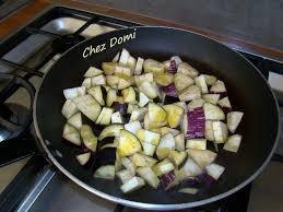 cuisiner une ratatouille fritada ou ratatouille sèche domi vous ouvre sa porte