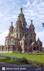 russische architektur russland st petersburg peterhof petrodworez sommer palast