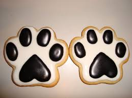 Bench Dog Cookies Best 25 Paw Print Cakes Ideas On Pinterest Teddy Bear Cupcakes