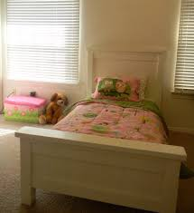 White Twin Bed Ana White Twin Farmhouse Bed Diy Projects