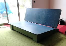 fabriquer canapé fabriquer un canape avec un matelas recycler matelas canape bois