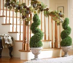 Banister Garland Ideas Spiral Christmas Staircase Garland Ideas Is Part Of 25 In