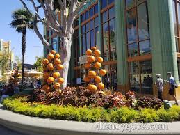 downtown disney halloween decoration pictures u2013 the geek u0027s blog
