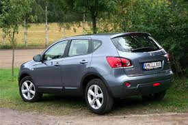 nissan qashqai australia review nissan qashqai history of model photo gallery and list of