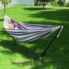 amazon com sunnydaze brazilian double hammock with stand 2