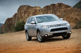 mitsubishi crossover 2014 2014 mitsubishi outlander reviews and rating motor trend