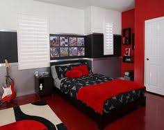 Red Bedroom Design - red and gray bedroom went with a black and red colour scheme as