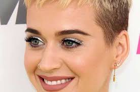 pictures of pixie haircuts for women over 60 popular pics of pixie haircuts for women hairiz