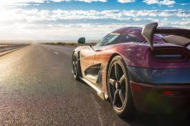 koenigsegg agera rs top speed koenigsegg agera rs becomes the fastest car in the world with