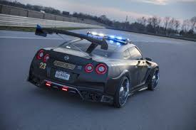 nissan gtr twin turbo nissan gt r police car won u0027t run away from this one