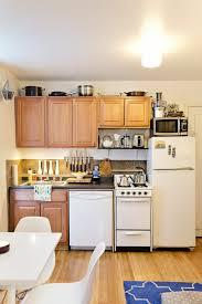 creer une cuisine dans un petit espace 1001 idées pour une cuisine équipée des intérieurs gain