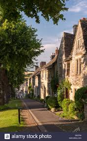 Manor Cottages Burford by Pretty Cottages Along The Hill In The Cotswolds Town Of Burford