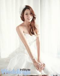 Wedding Dress Korean Movie Photos Aoa Seolhyun And Hyejeong In White Wedding Dresses
