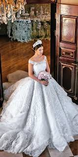 wedding dresses to wear with cowboy boots best 25 royal dresses ideas on royal gowns