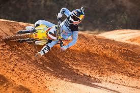 motocross crash helmets motorcycle com james stewart re signs with bell helmets
