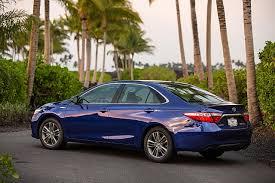 nissan altima 2015 vs toyota camry 2015 camry altima lead february midsize sedan sales sales report