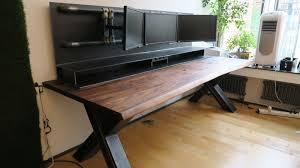 Schreibtisch Computer Der Sturmwaffel Schreibtisch Wohnsektion