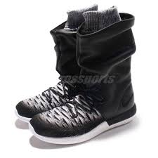 wmns nike roshe two hi flyknit 2 hi top black boots