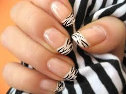 nagel design bilder nageldesign bilder schwarz weiß zebra fingernägel