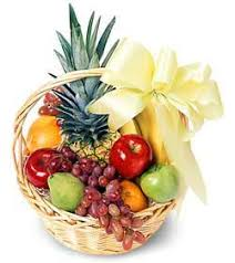 fruit baskets chicago chicago florist send flowers to chicago with kloeckner s flowers