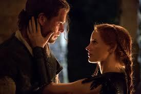 film fantasy z chrisem hemsworthem łowca i królowa lodu na nic czar hemswortha