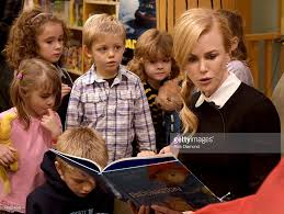 nicole kidman paddington storytime event at barnes u0026 noble