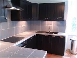 plan de travail cuisine en carrelage carrelage cuisine plan de travail maison design bahbe com
