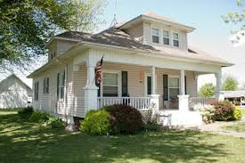 craftsman home trend 9 craftsman style homes can be found all over