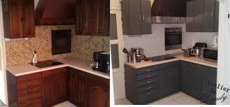 moderniser une cuisine en bois customiser cuisine en bois fabulous relooker une cuisine rustique