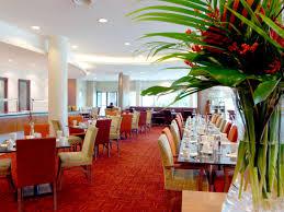 restaurants near birmingham nec crowne plaza