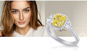 color diamond rings images Colored diamond engagement rings leibish png