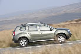 renault duster 2014 white 2015 dacia duster uk spec unveiled carwow