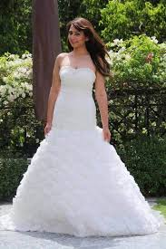 christian wedding gowns were can i find a christian wedding gowns store in mumbai or delhi