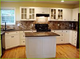 Brown White Kitchen Cabinets 21 Awesome White Kitchen Cabinets With Brown Granite Countertops