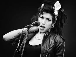 Amy Winehouse Love Is Blind Ranking The 15 Best Amy Winehouse Youtube Videos Vulture