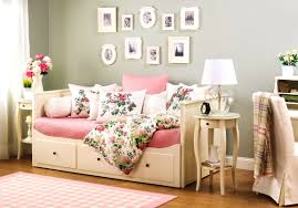bedroom knockout daybeds photos daybed room ideas bed headboard