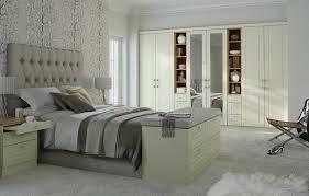 shaker fitted bedroom furniture shaker bedroom furniture designs