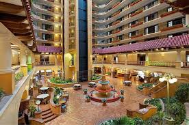 book embassy suites kansas city plaza in kansas city hotels com