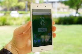 sony is rolling out android 7 0 beta update xperia x