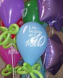 balloon delivery nashville tn balloon arrangement by celebrate the day party