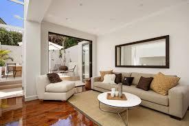 gorgeous living rooms 20 gorgeous living rooms with mirrors