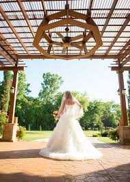 Weddings In Houston Bridal Pictures Outdoor Wedding Weddings In Houston Outdoor