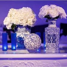 Wedding Flowers Blue And White Serene And Modern Wedding Reception Setup With Blue And White