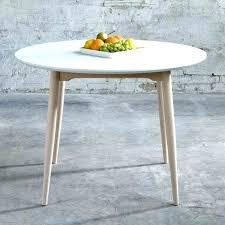 table ronde de cuisine table ronde blanche avec rallonge tables de sjour et tables de