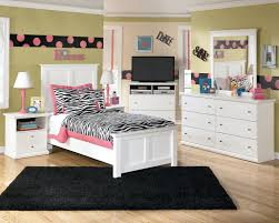 White Wooden Bedroom Furniture Bedroom Chic Teenage Bedroom Ideas With White Wooden