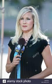 news anchor in la hair abc tv reporter in la melissa mcbride los angeles usa 01 08 10