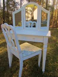 Guidecraft Classic White Vanity And Stool Guidecraft Classic White Vanity And Stool Guidecraft Http Www